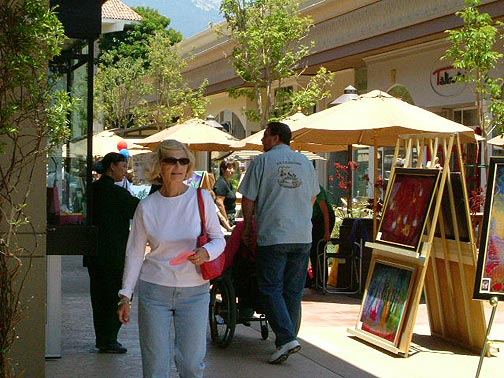 Lacumbre artwalk in Santa Barbara is looking for artists and craftsmen